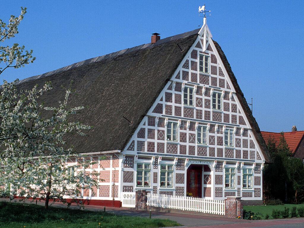 Fachwerkhaus im Alten Land: Beliebtes Ausflugsziel unserer Hotelgäste